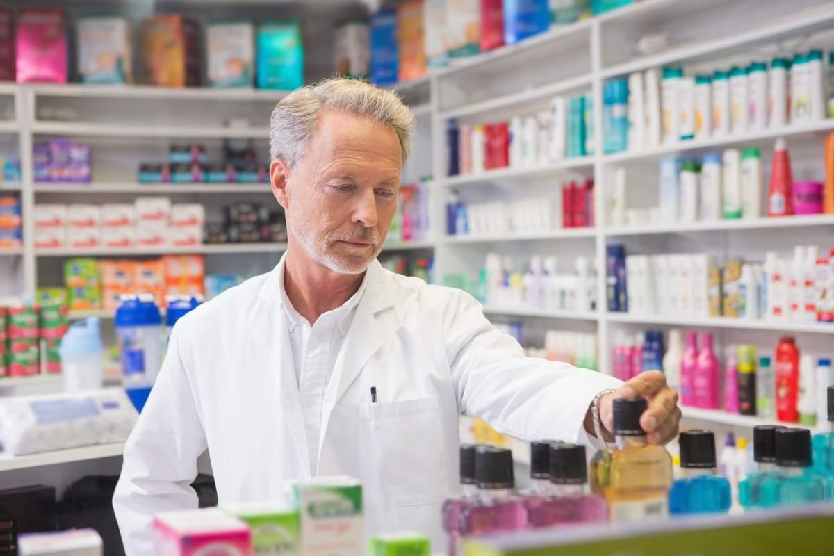 ¿Cómo montar una farmacia?