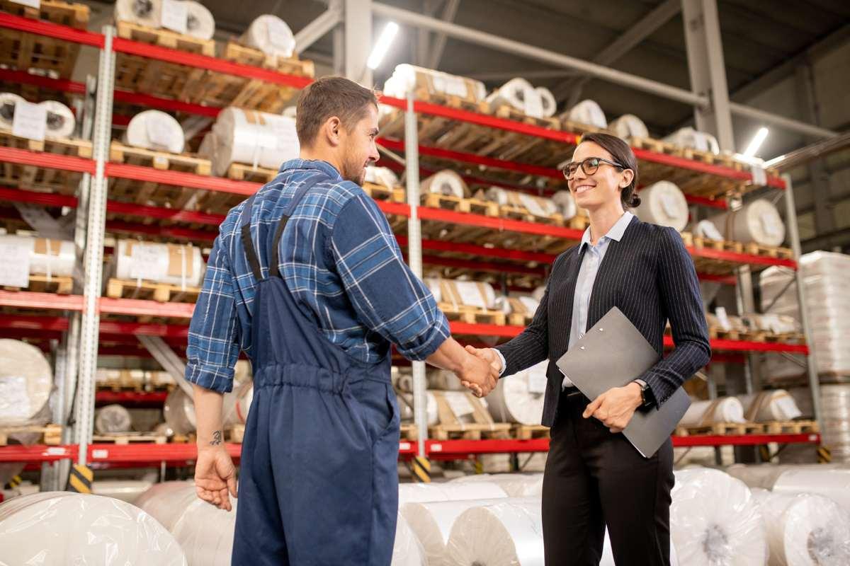 Cómo elegir a los proveedores y negociar con ellos