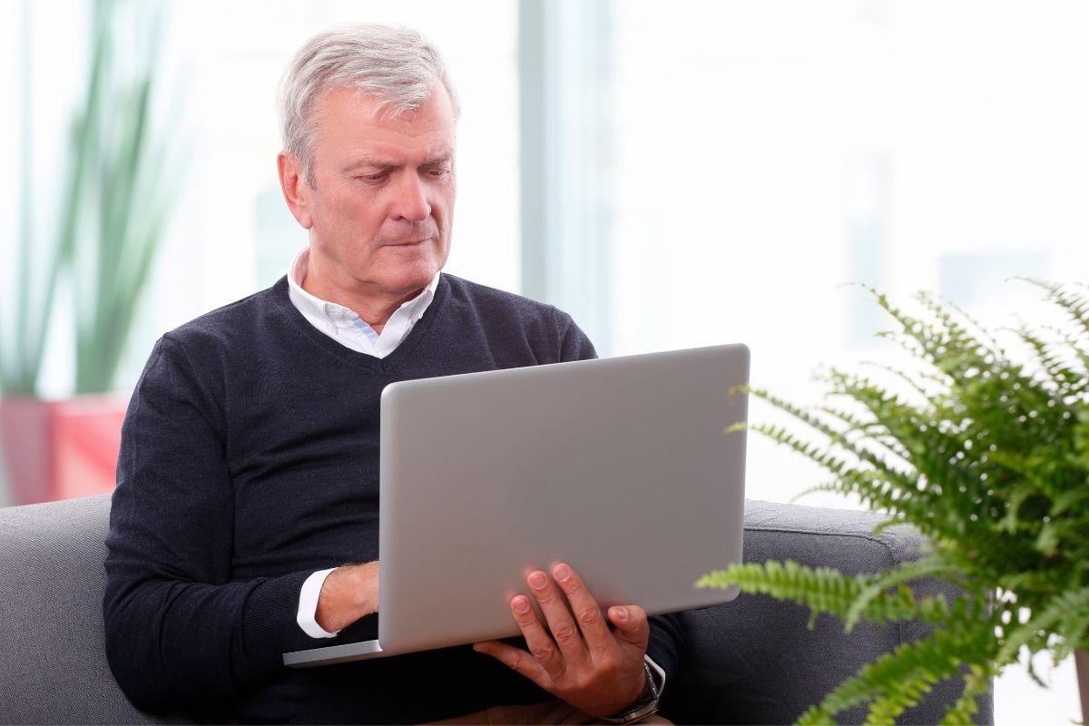 Jubilación activa, la opción que te permite cobrar tu pensión y seguir siendo autónomo