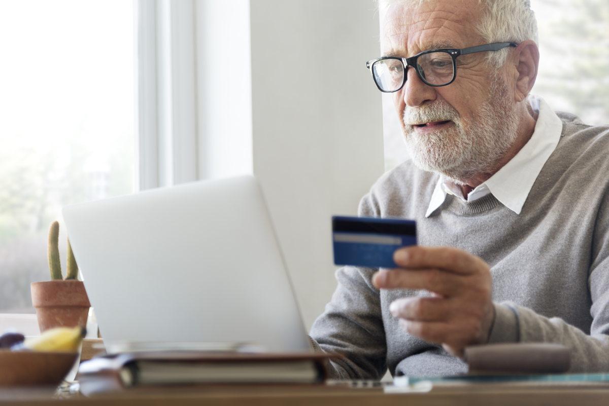 Tarjetas de débito y crédito y en el pequeño comercio